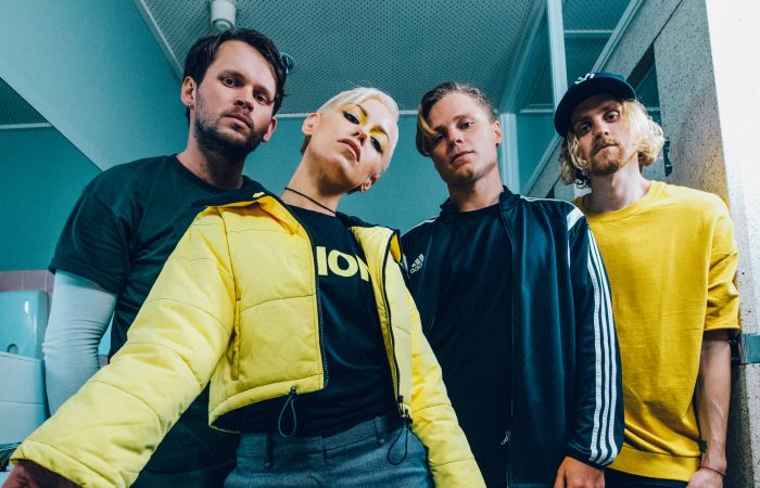 TONIGHT ALIVE // Underworld