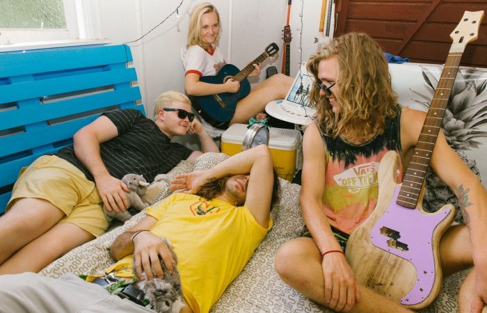 PREMIERE: HEY BABY! // Drop New Film clip for New Single 'Kids'