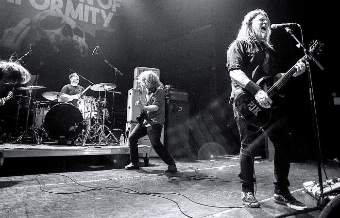 CORROSION OF CONFORMITY // Wearing The Crown With Pepper Keenan