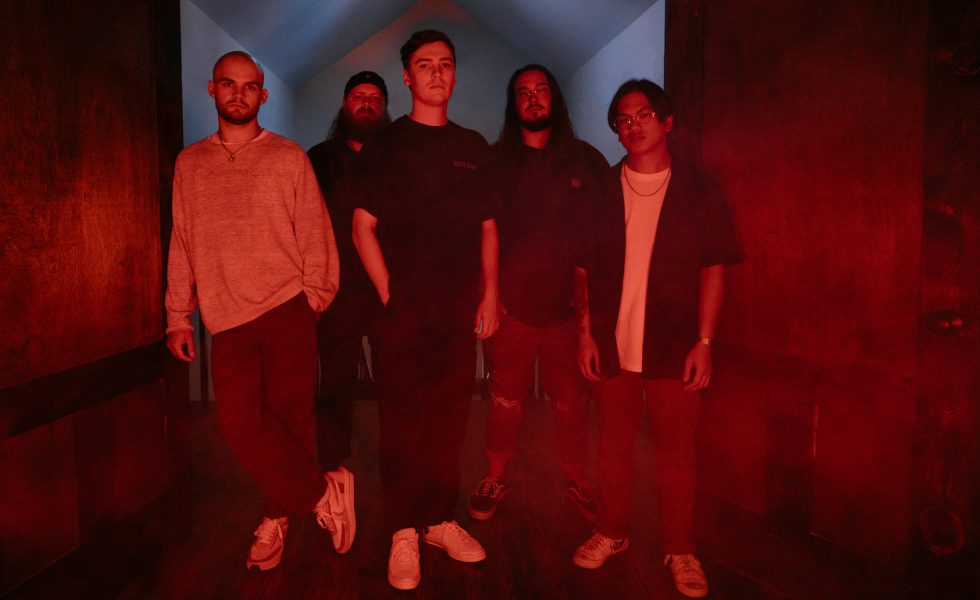 KNOCKED LOOSE // Drop Blistering New EP 'A Tear In The Fabric Of Life'